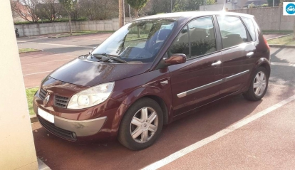 Renault Scenic II 1.9 L Pack Sport Dynamique 2004