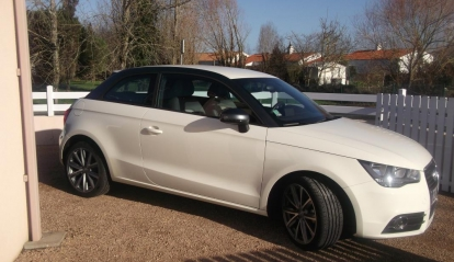 Audi A1 1.6 TDI Ambition Luxe Exclusive Line 2012