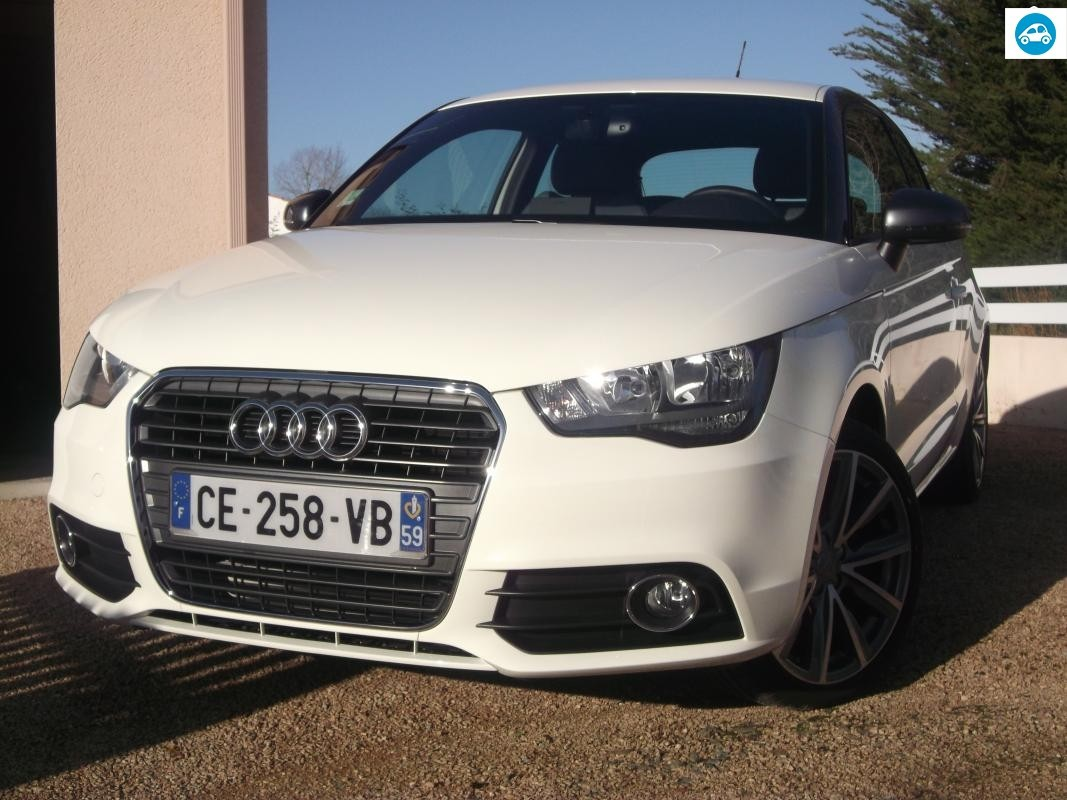 achat audi a1 1 6 tdi ambition luxe exclusive line 2012 d 39 occasion pas cher 14 900. Black Bedroom Furniture Sets. Home Design Ideas
