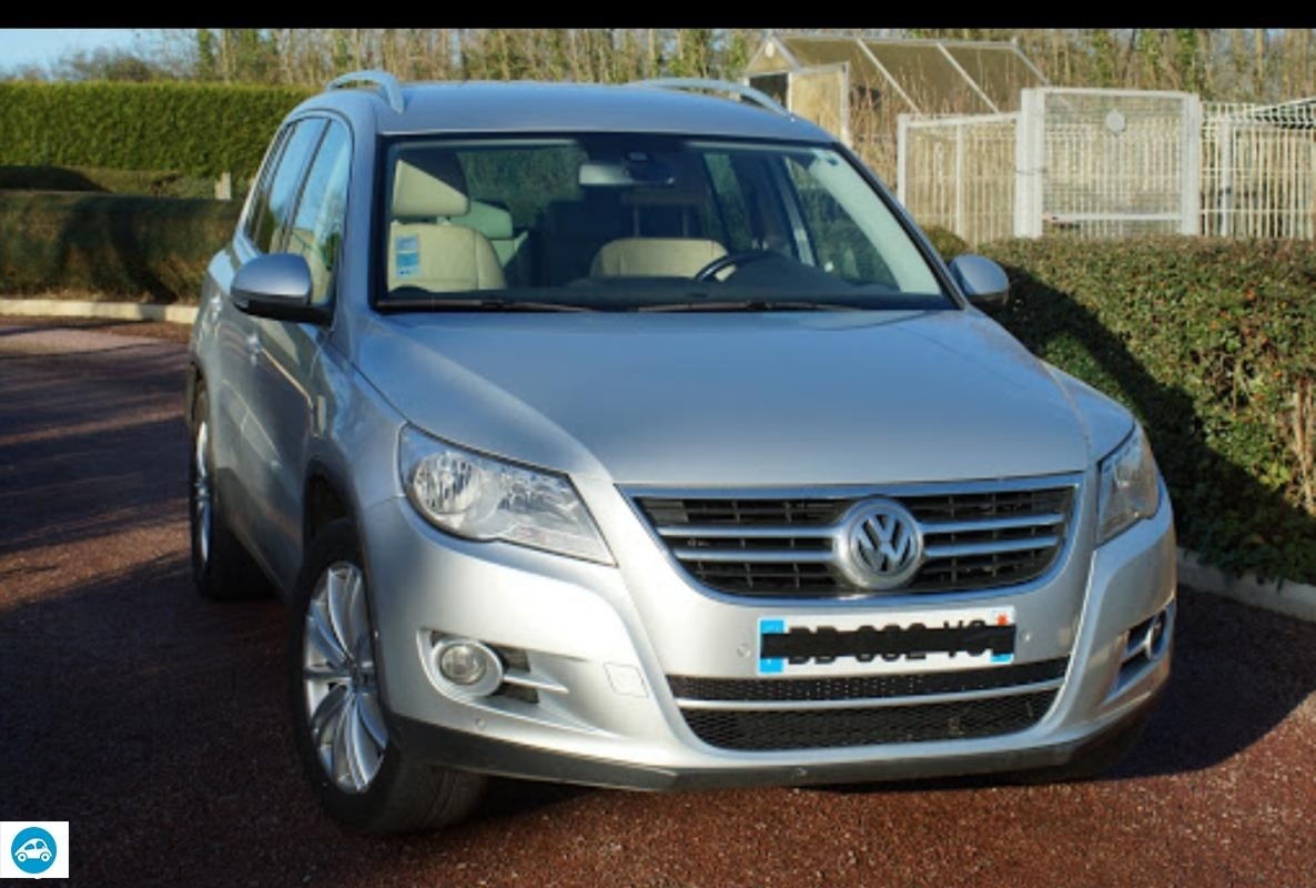 achat volkswagen tiguan 2 0 tdi confortline 2009 d 39 occasion pas cher 11 000. Black Bedroom Furniture Sets. Home Design Ideas
