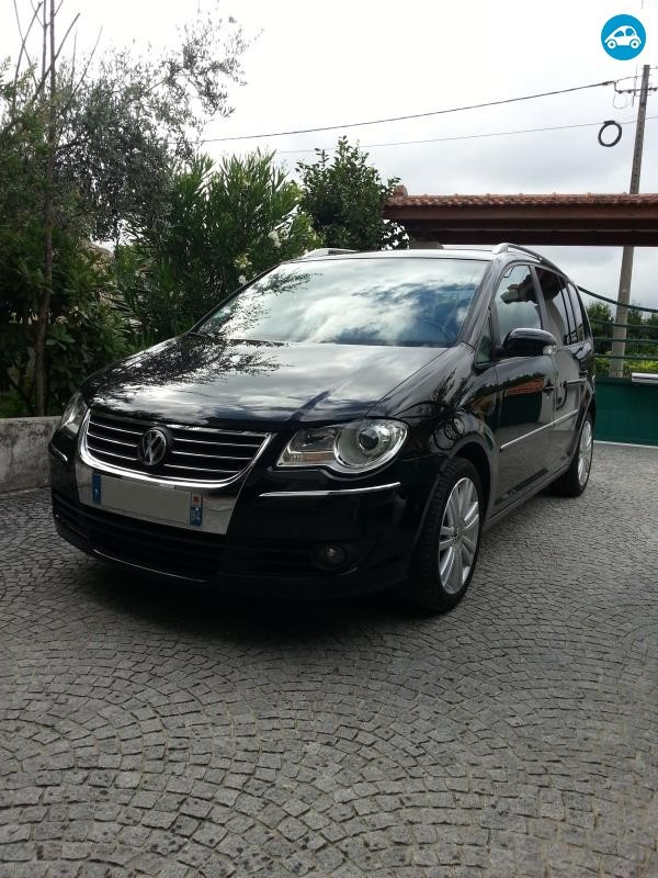 achat volkswagen touran sportline 2 0 tdi 2008 d 39 occasion pas cher 9 500. Black Bedroom Furniture Sets. Home Design Ideas