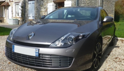 Renault Laguna 2.0 dCi Black Edition 2009