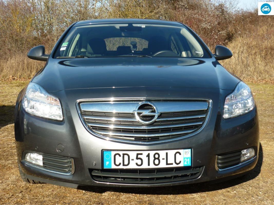 Opel Insignia 130 TDCI Cosmo 2012