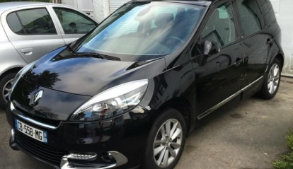 Renault Scénic 1.5 dCi initiale 2012