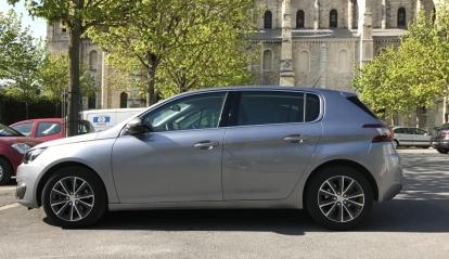 Peugeot 308 1.6 L Blue HDI Allure 2016