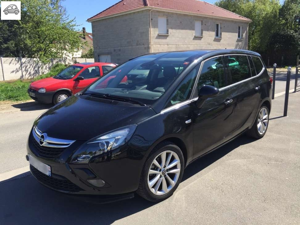 achat opel zafira tourer 2 0 cdti cosmo pack 7 pl d 39 occasion pas cher 17 000. Black Bedroom Furniture Sets. Home Design Ideas