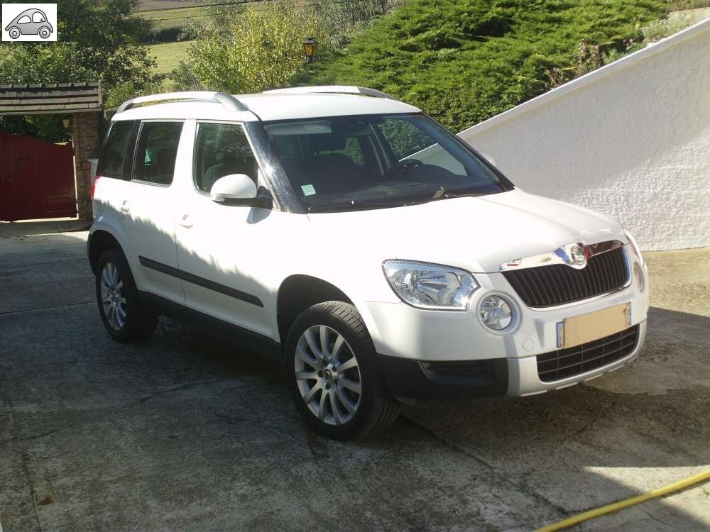 achat skoda yeti 110 ambition d 39 occasion pas cher 13 900. Black Bedroom Furniture Sets. Home Design Ideas