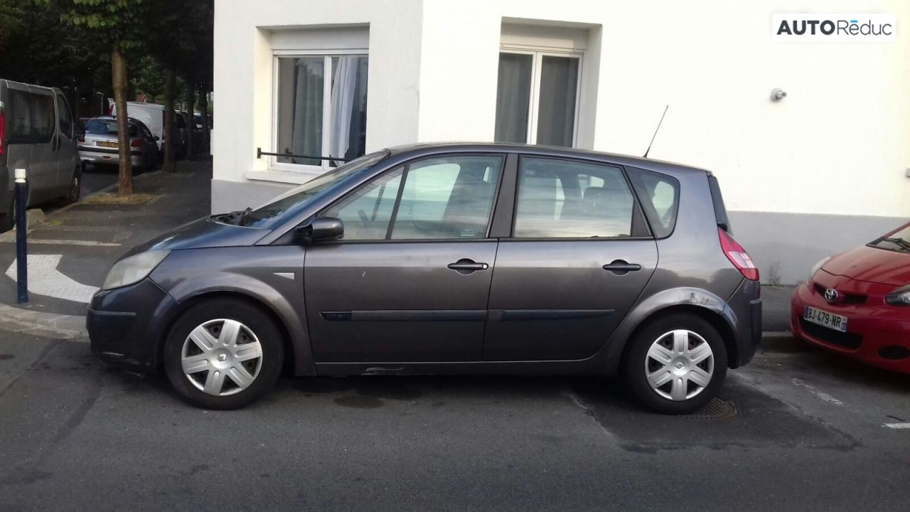 Renault Scenic II 1.9 L 2003