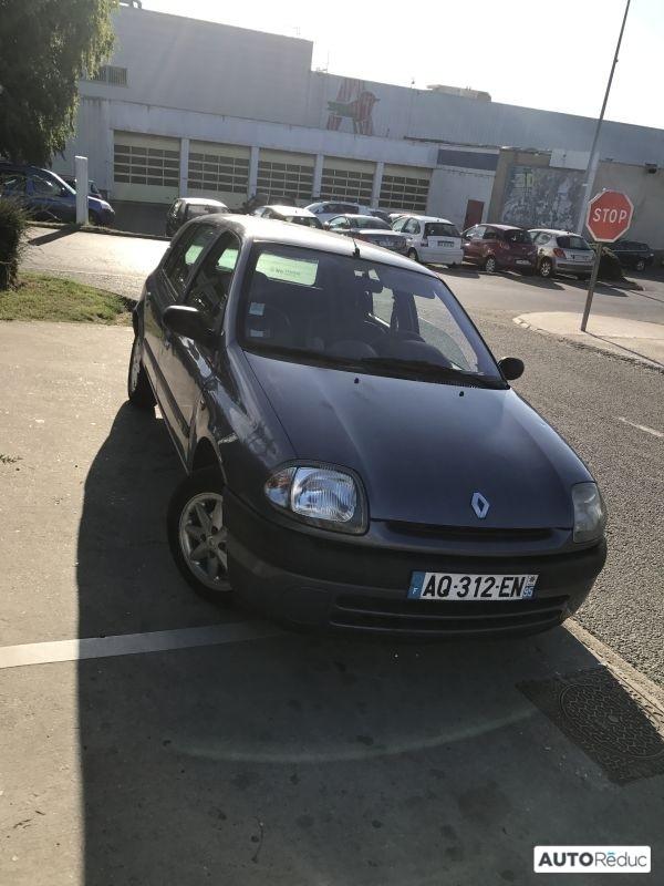 Renault Clio 1.9 D 2001