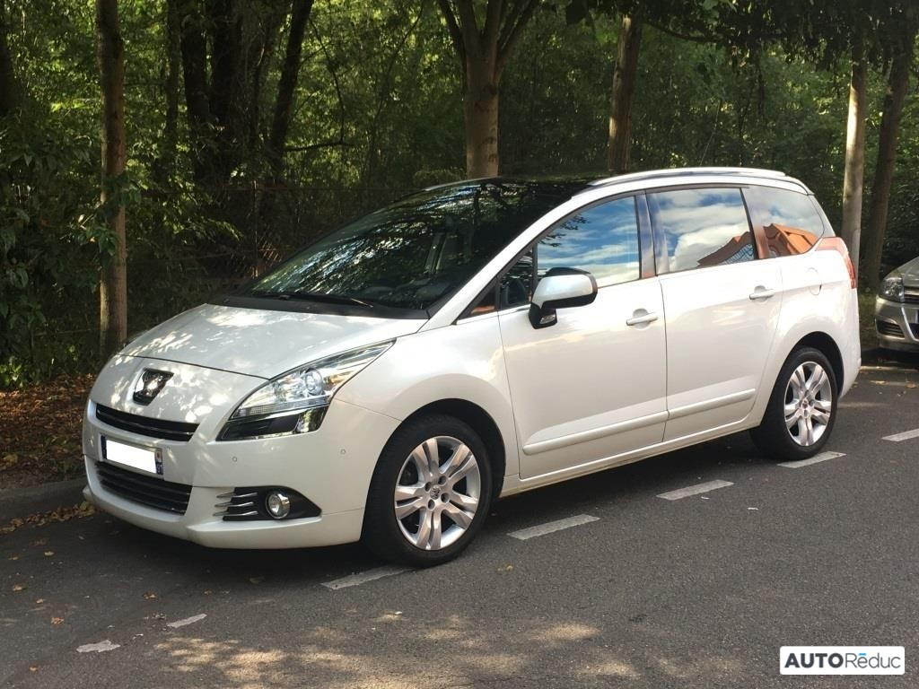 Peugeot 5008 2.0 HDI Pack Premium 2011