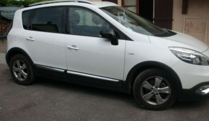 Renault Scenic XMOD DCI 110 Bose Edition