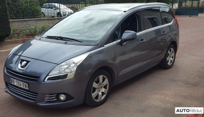 Peugeot 5008 1.6 e-hdi BMP6 7 places Allure 2011