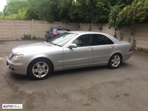 Mercedes Classe S (voiture anglaise) w220 Phase 2 2004