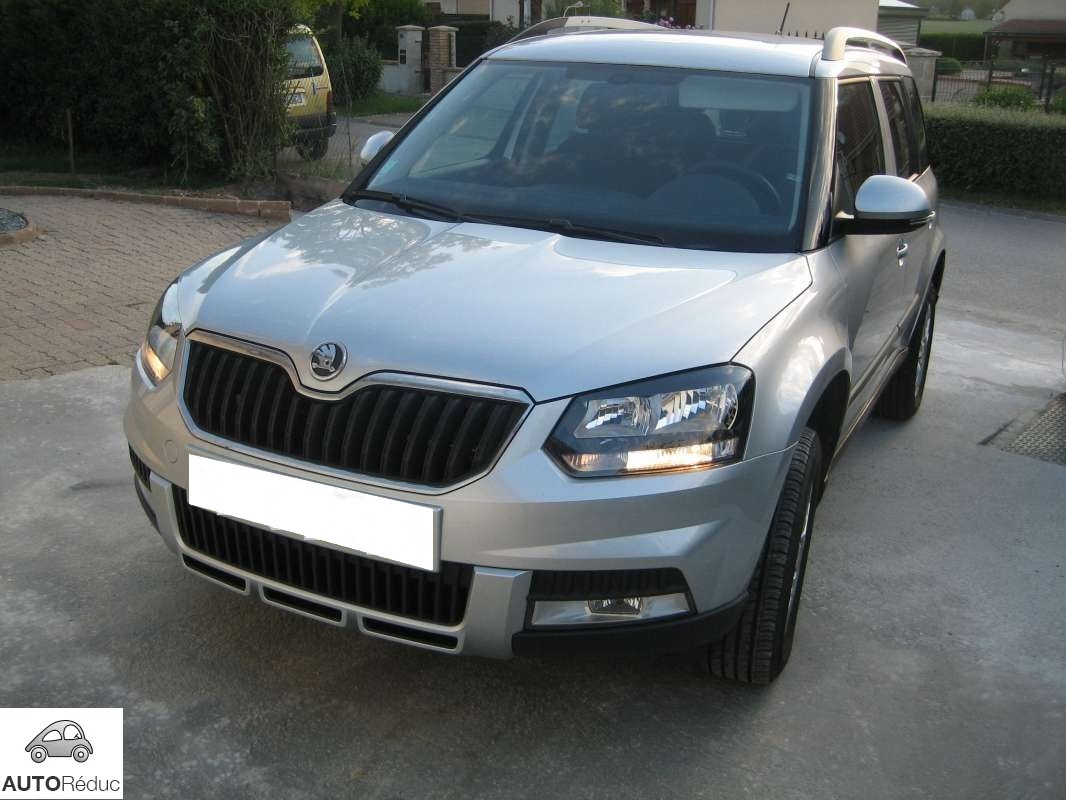 achat skoda yeti outdoor tdi d 39 occasion pas cher 17 500. Black Bedroom Furniture Sets. Home Design Ideas