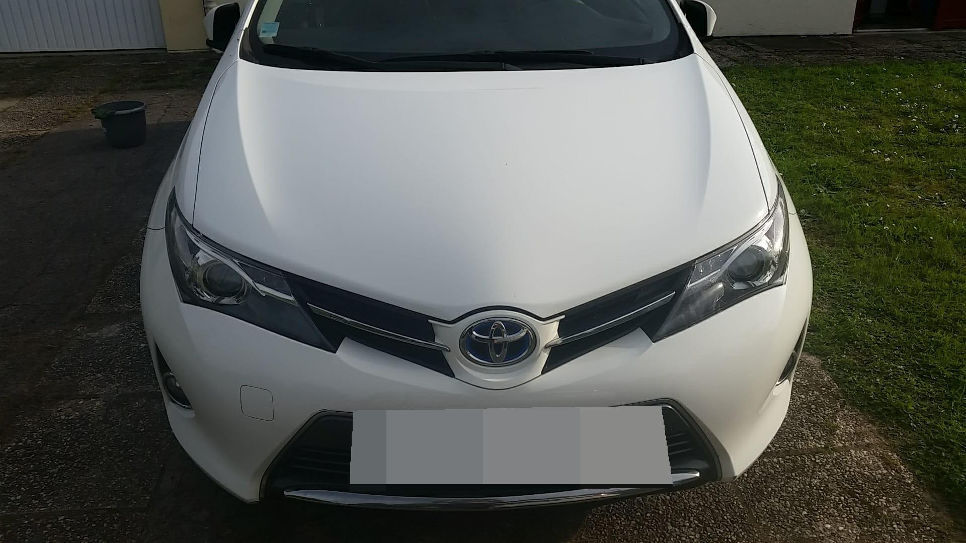 Toyota Auris 1.6 L Hybride Graphite HSD 2014
