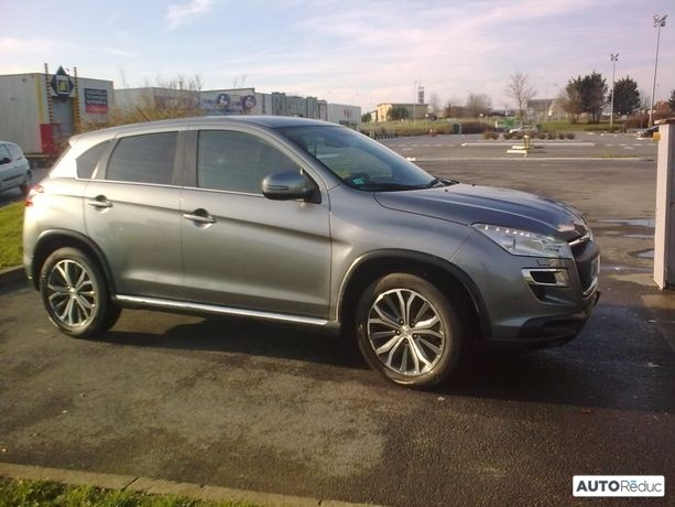 Peugeot 4008 115 ch 2015
