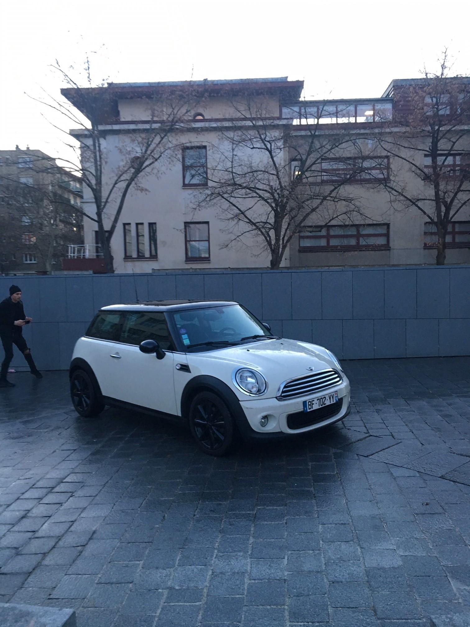 Mini Cooper Essence Automatique 2011 PARIS