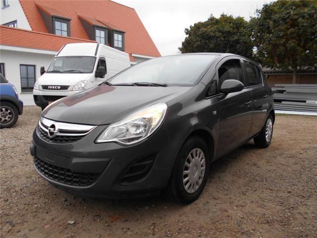 Opel Corsa Diesel Manuelle 2013 PLOUDANIEL