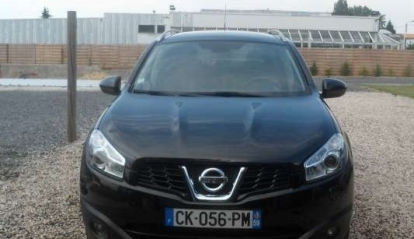 Nissan Qashqai + 2 Connect Edition