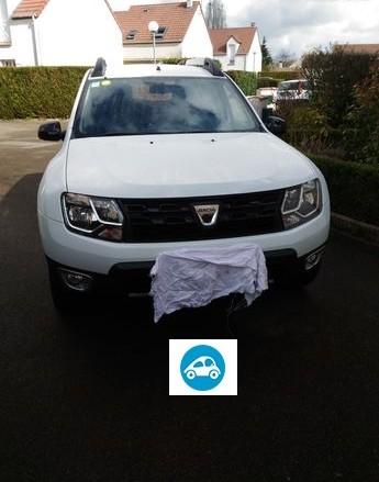 Dacia duster black touch decembre 2017 dci 110 4x2