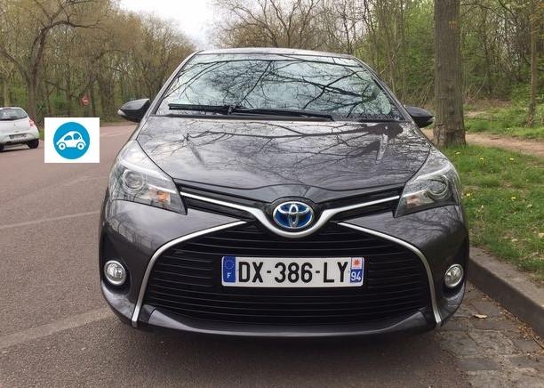 Toyota yaris iii hybride 100h style