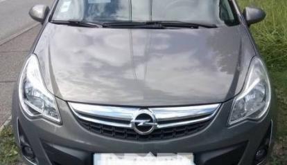 Opel Corsa 1.3 cdti 95cv COSMO tb état 2011