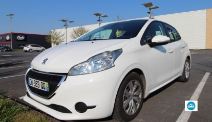 Peugeot 208 commerciale business pack