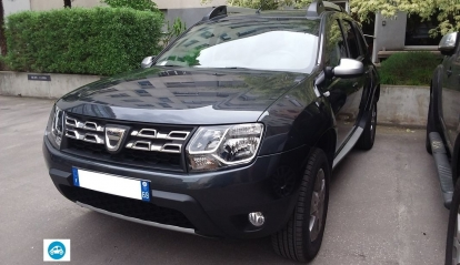 dacia dester black touch