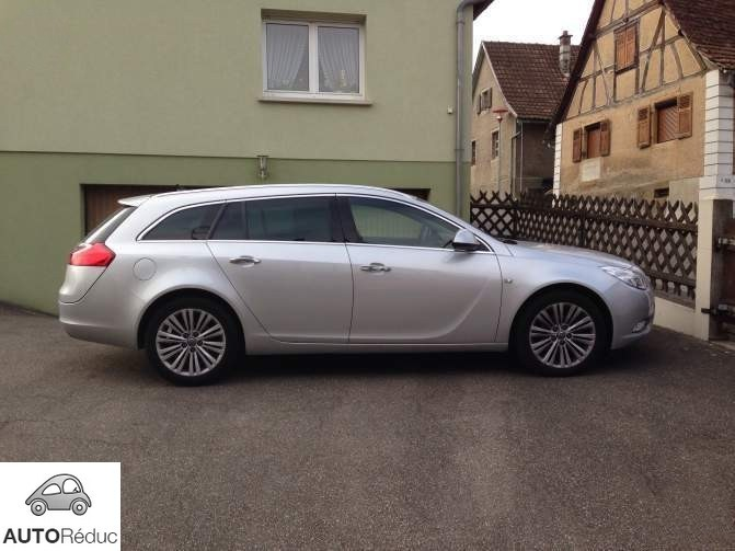 achat opel insignia break tourer 2 0 cdti cosmo pack d 39 occasion pas cher 15 000. Black Bedroom Furniture Sets. Home Design Ideas