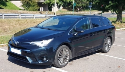 Toyota Avensis Touring Sport Lounge D-4D