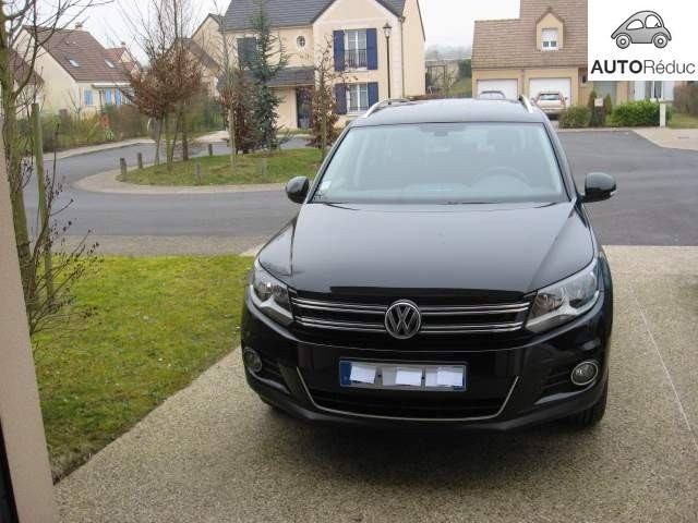 achat volkswagen tiguan sportline 2 0 tdi bluemotion d 39 occasion pas cher 18 000. Black Bedroom Furniture Sets. Home Design Ideas
