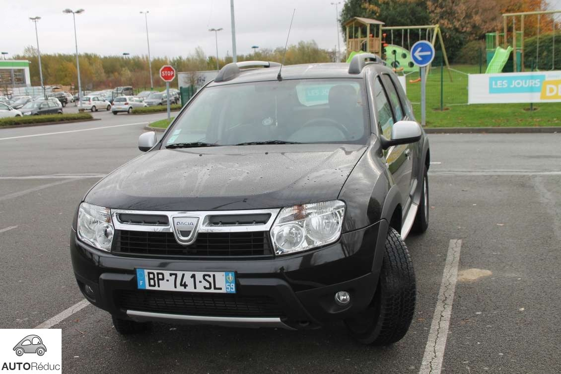 achat dacia duster prestige 4 x 4 dci d 39 occasion pas cher 10 500. Black Bedroom Furniture Sets. Home Design Ideas