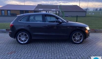 Audi Q5 Quattro S Line S Tronic