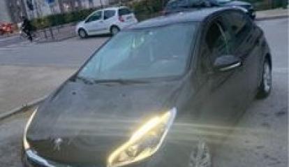 Peugeot 208 S&S