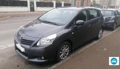 Toyota Verso Skyvew