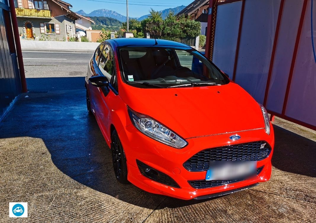 Ford Fiesta Red Edition Coupe