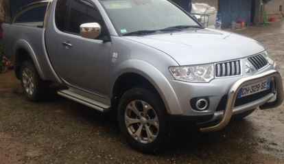 Mitsubishi PICK-UP L200 Club CAB Intense
