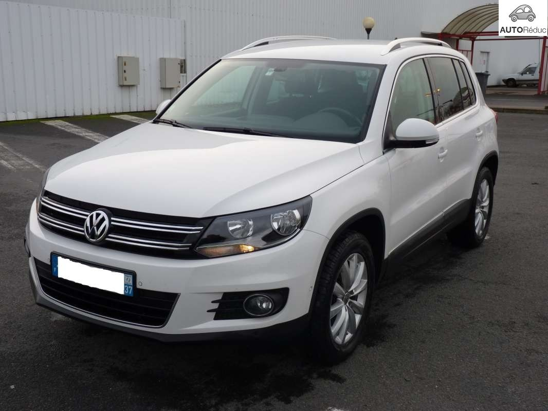 achat volkswagen tiguan 2 0 tdi sportline d 39 occasion pas cher 17 750. Black Bedroom Furniture Sets. Home Design Ideas
