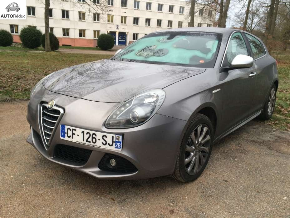 achat alfa romeo giulietta 2 0 pack superbe d 39 occasion pas cher 14 000. Black Bedroom Furniture Sets. Home Design Ideas