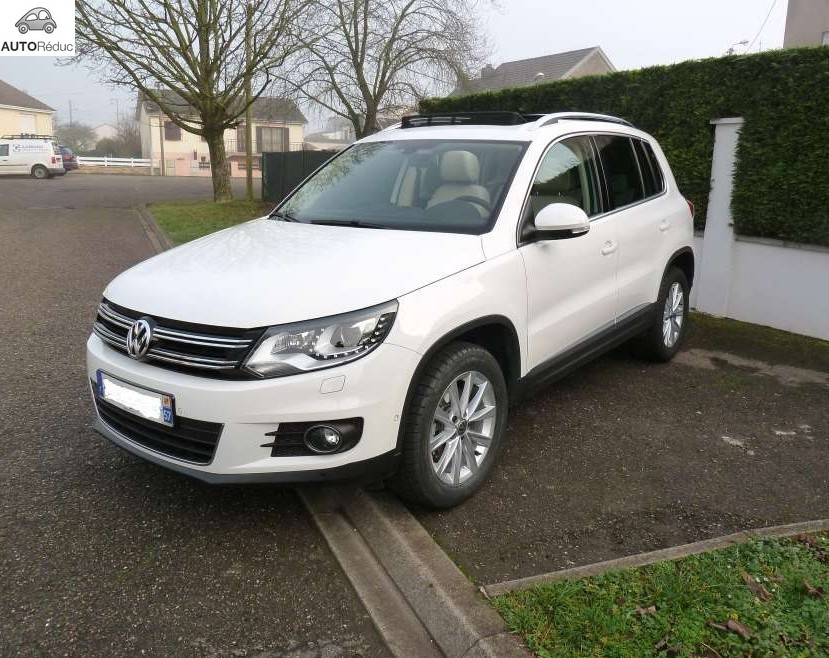 achat volkswagen tiguan 2 0 tdi carat d 39 occasion pas cher. Black Bedroom Furniture Sets. Home Design Ideas