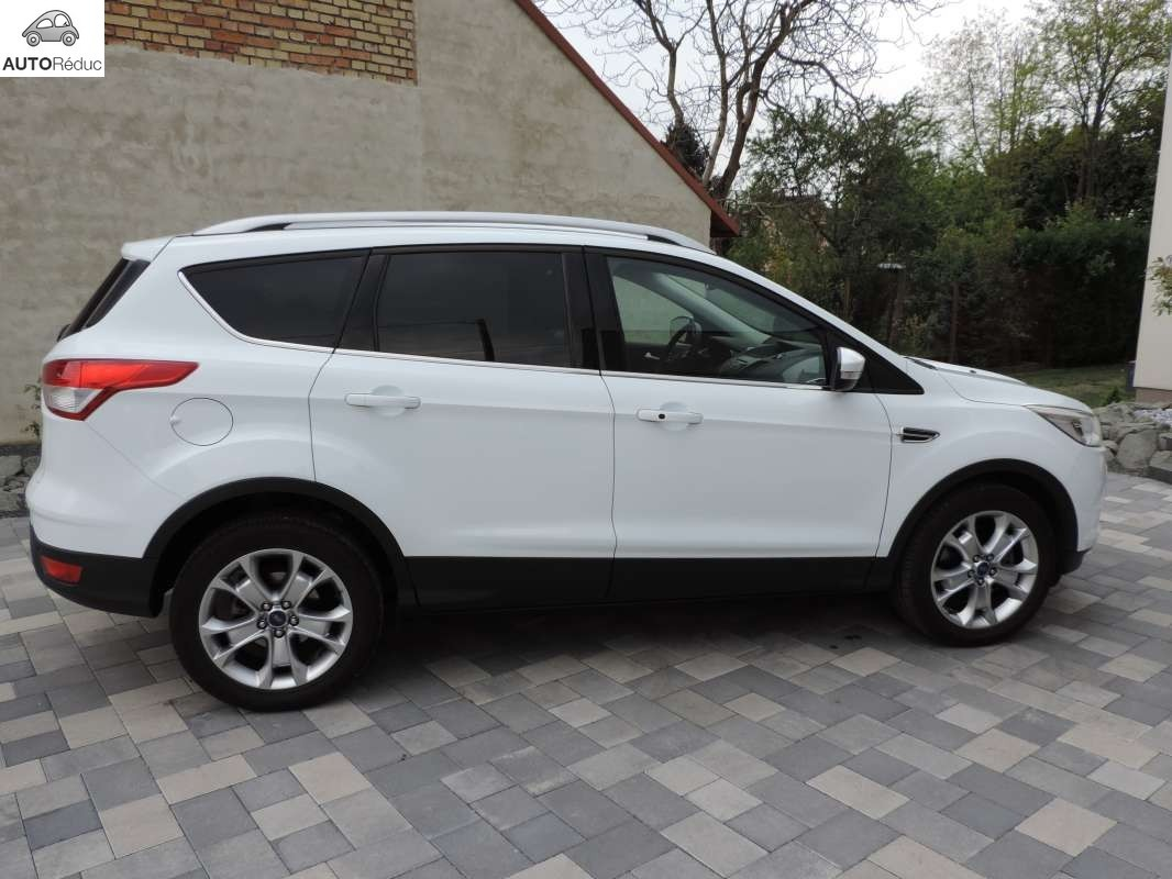 achat ford kuga 2 0 tdci titanium d 39 occasion pas cher 19 000. Black Bedroom Furniture Sets. Home Design Ideas