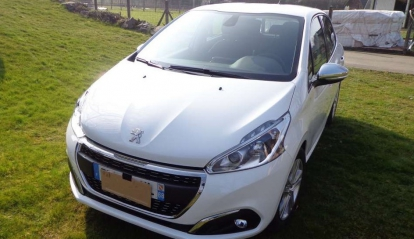 Peugeot 208 e-HDi Business Pack