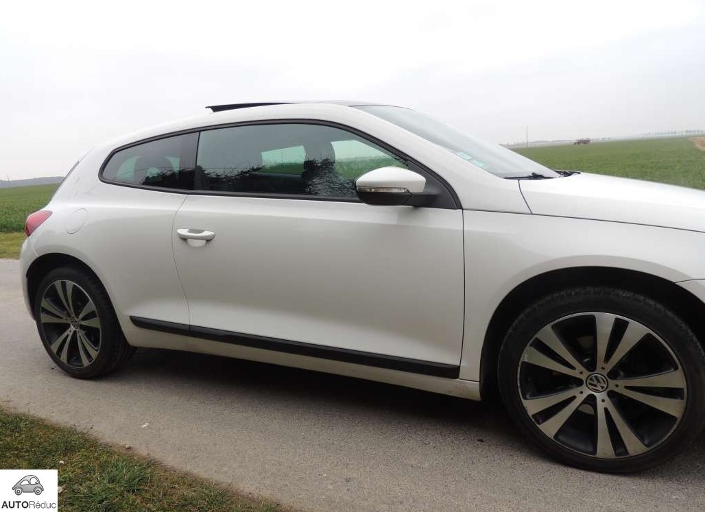 achat volkswagen sirocco 2 0 tdi sport edition d 39 occasion pas cher 15 400. Black Bedroom Furniture Sets. Home Design Ideas