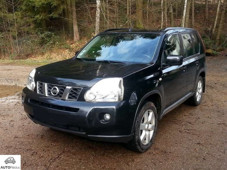 achat nissan x trail 2 0 dci d 39 occasion pas cher 12 000. Black Bedroom Furniture Sets. Home Design Ideas