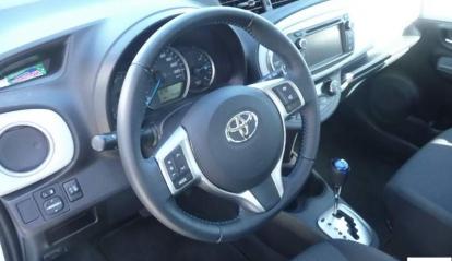 Toyota Yaris Hybride Dynamic Navi