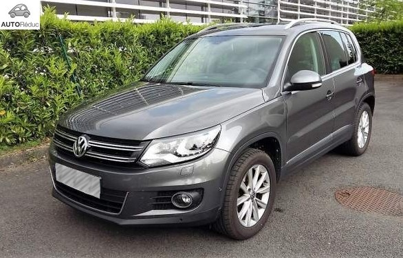 achat volkswagen tiguan 2 0 tdi 4motion carat d 39 occasion pas cher 23 900. Black Bedroom Furniture Sets. Home Design Ideas