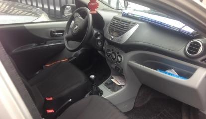 Nissan Pixo 1.0 L Acenta