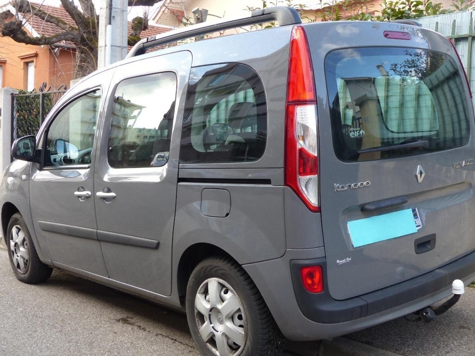 achat renault kangoo 1 5 dci 110 energy zen d 39 occasion pas cher 14 990. Black Bedroom Furniture Sets. Home Design Ideas
