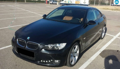 BMW série 3 320D Coupé 2009