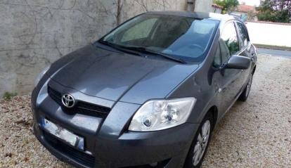 Toyota Auris 2.0 L D4D Linea Sol 2008